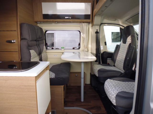 horizon bordeaux fourgon mc louis van 3 maxi silver edition mc louis camping cars les camping. Black Bedroom Furniture Sets. Home Design Ideas