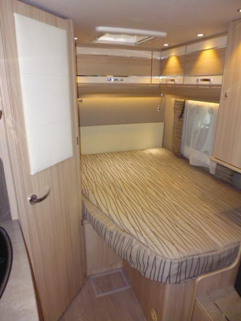 horizon bordeaux florium baxter 60 lg florium camping cars les camping cars neuf. Black Bedroom Furniture Sets. Home Design Ideas